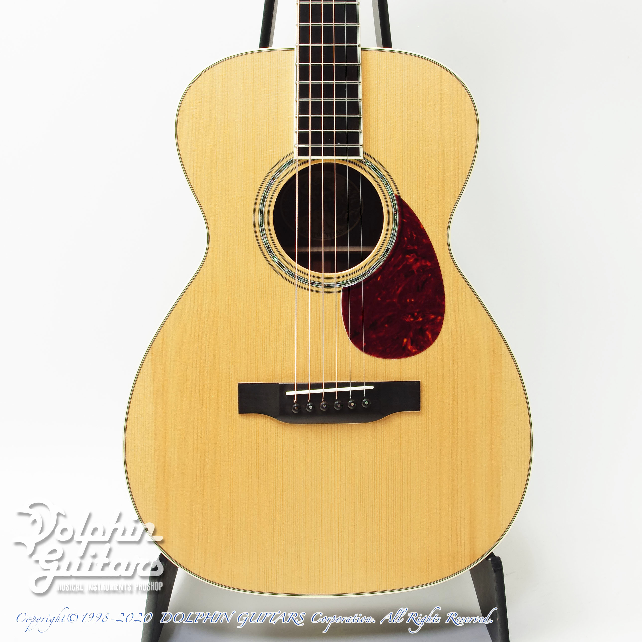 COLLINGS:0-3 G
