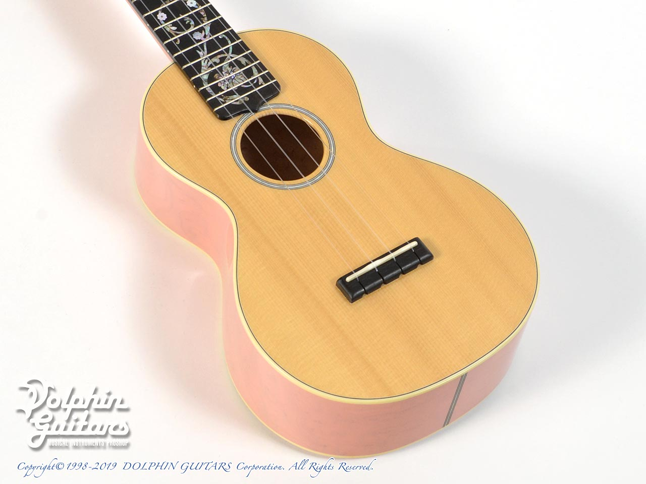 C.F.MARTIN CTM Style-2 Concert (See-through Pink)