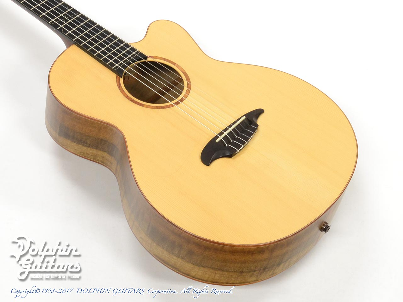 TODA GUITARS:MN-CW (Myrtlewood)