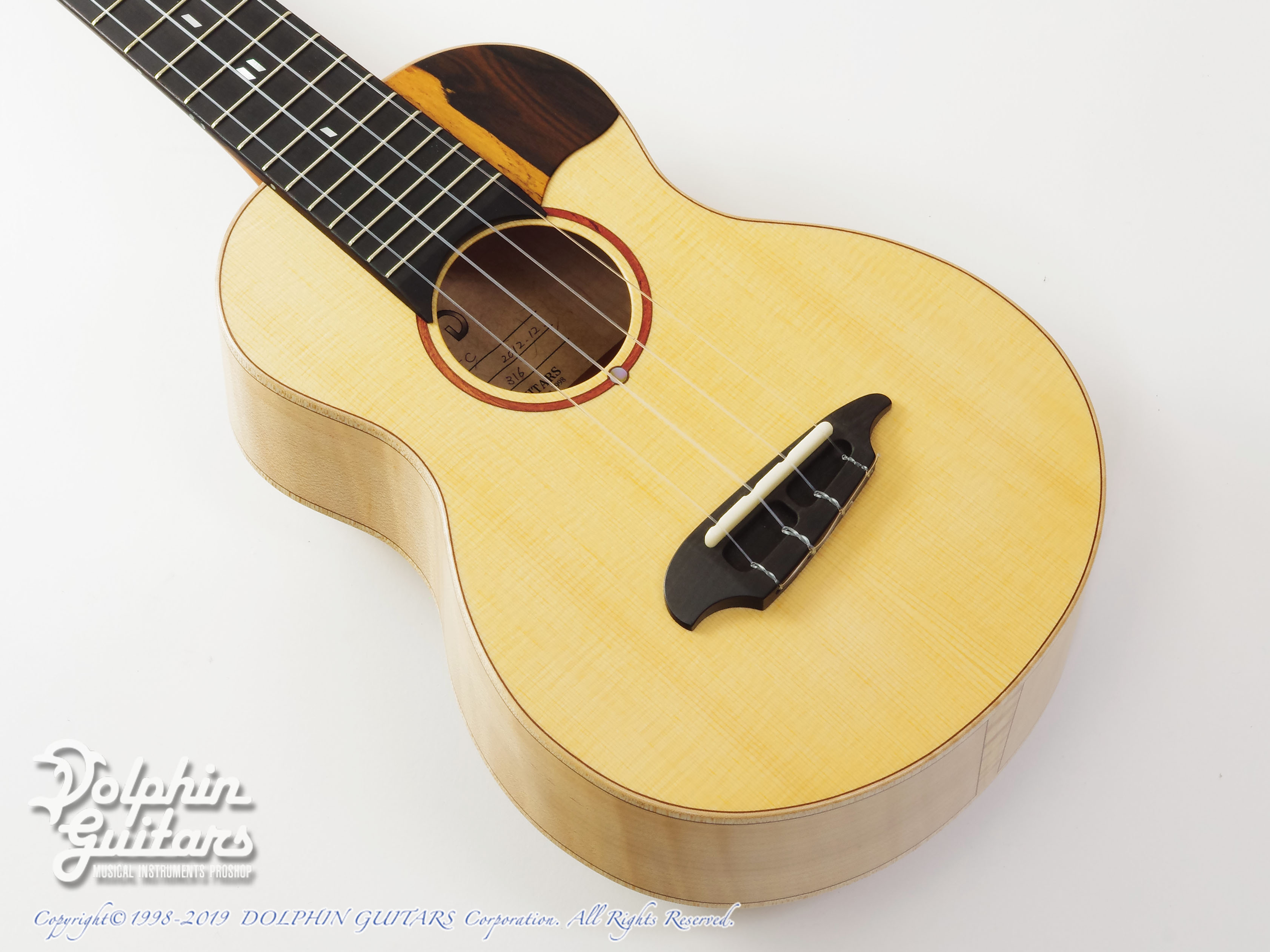 TODA GUITARS:VC (Spruce & Curly Maple)