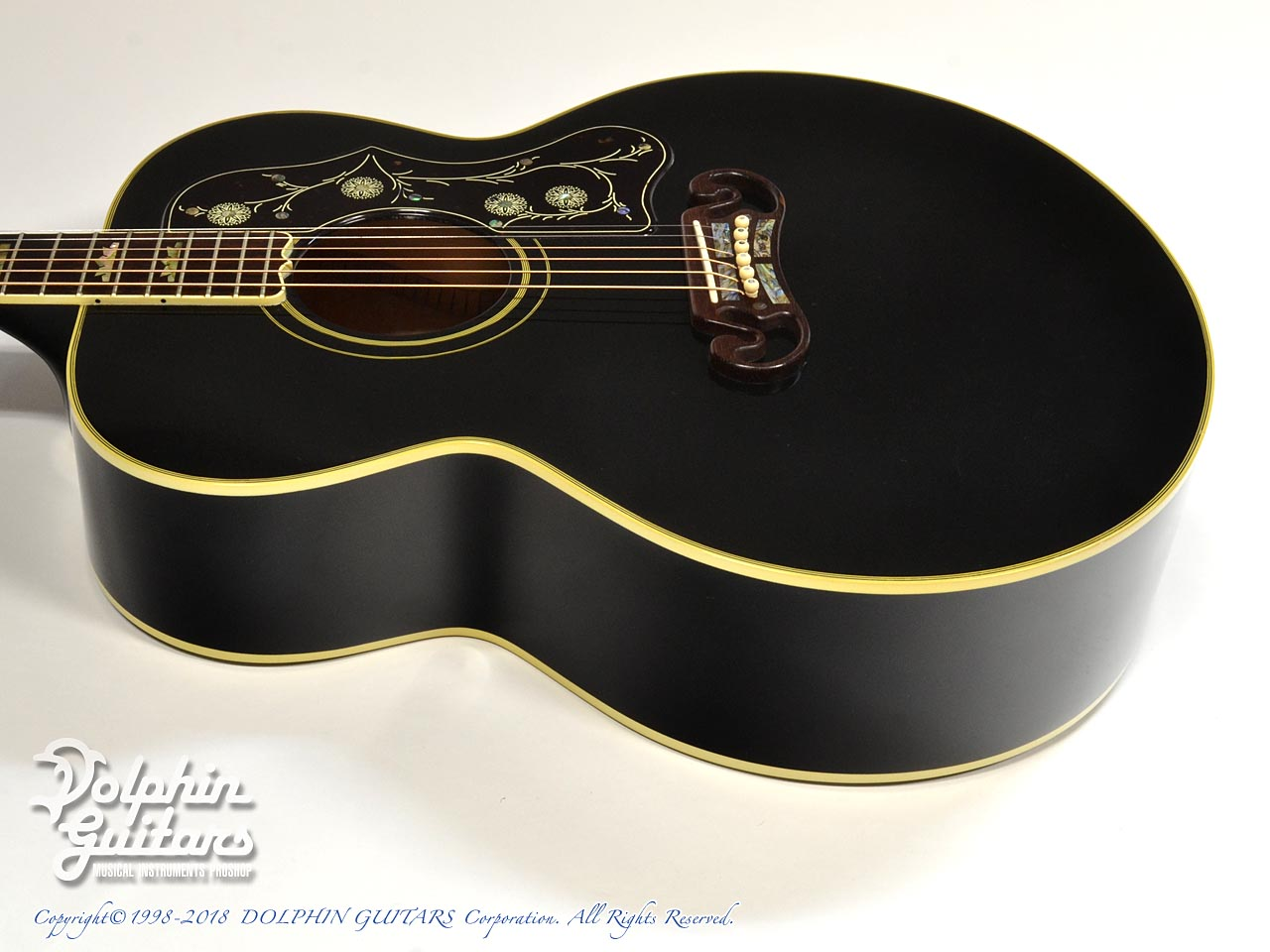 Gibson: J-200 ELITE Custom Ebony (2)