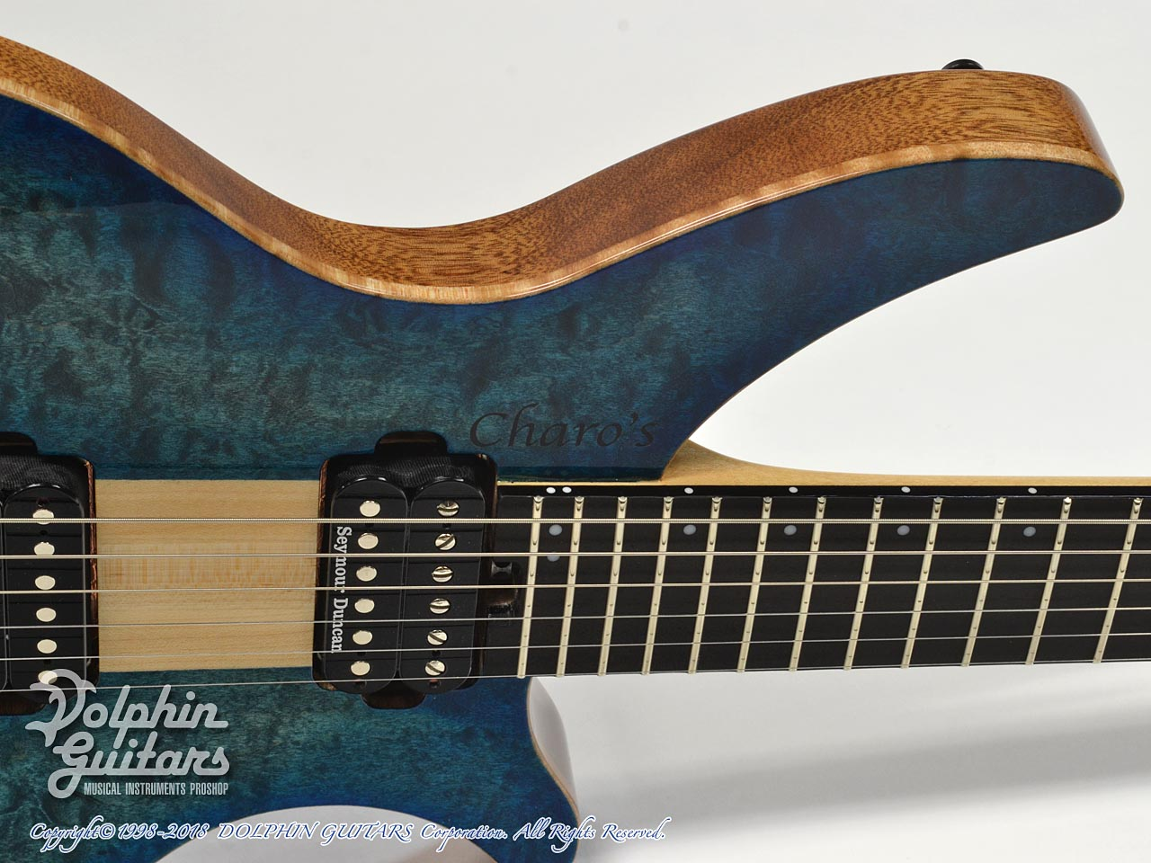 Charo's: CH-G6 Headless Guitar (Quilted Maple) (10)