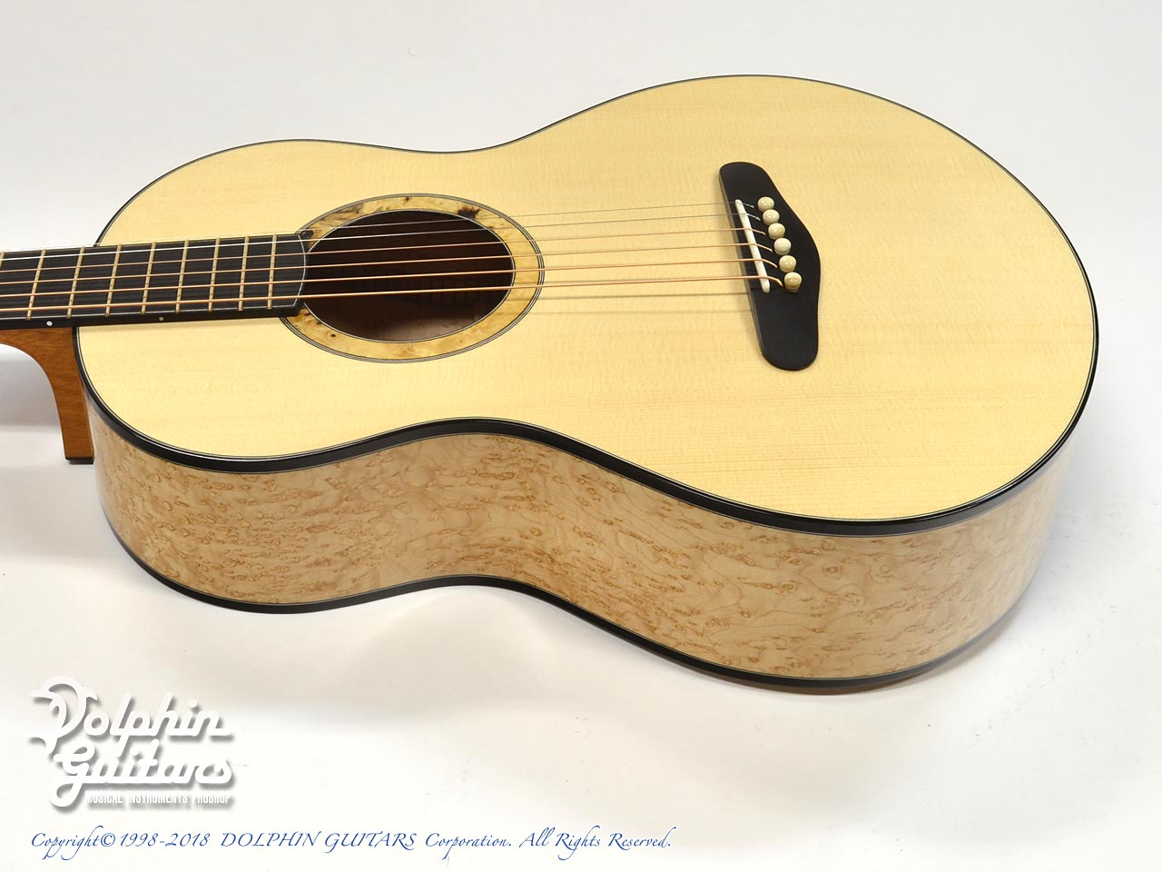 ROTEMAR GUITARS: R1 (German Spuruce & Birds Eyes Maple ) (2)