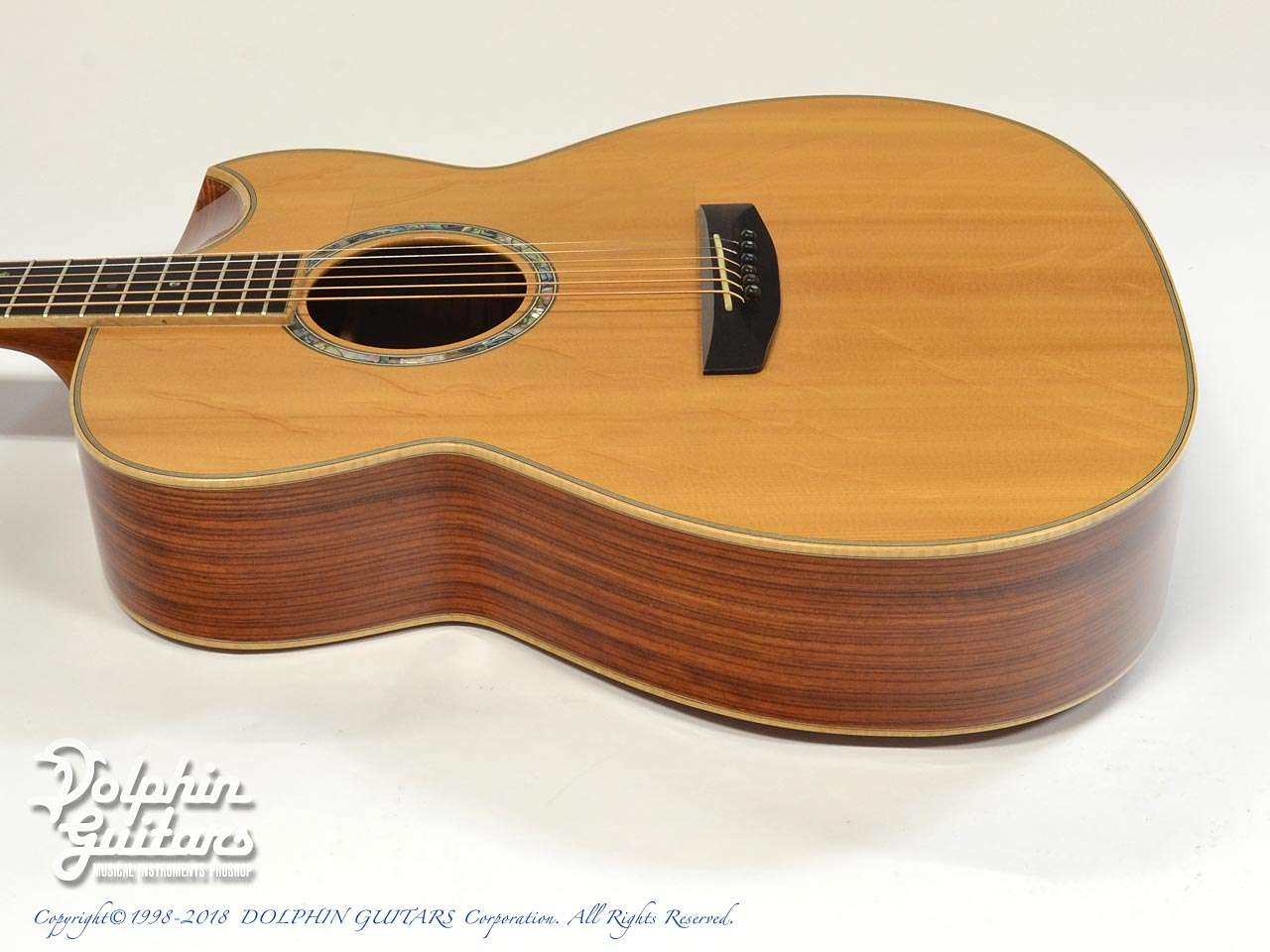 IWANEKO GUITARS: Type-MD (Dimple Cutaway) (2)