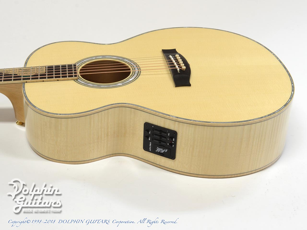 MATON: Custom Shop Grand Victorian (2)