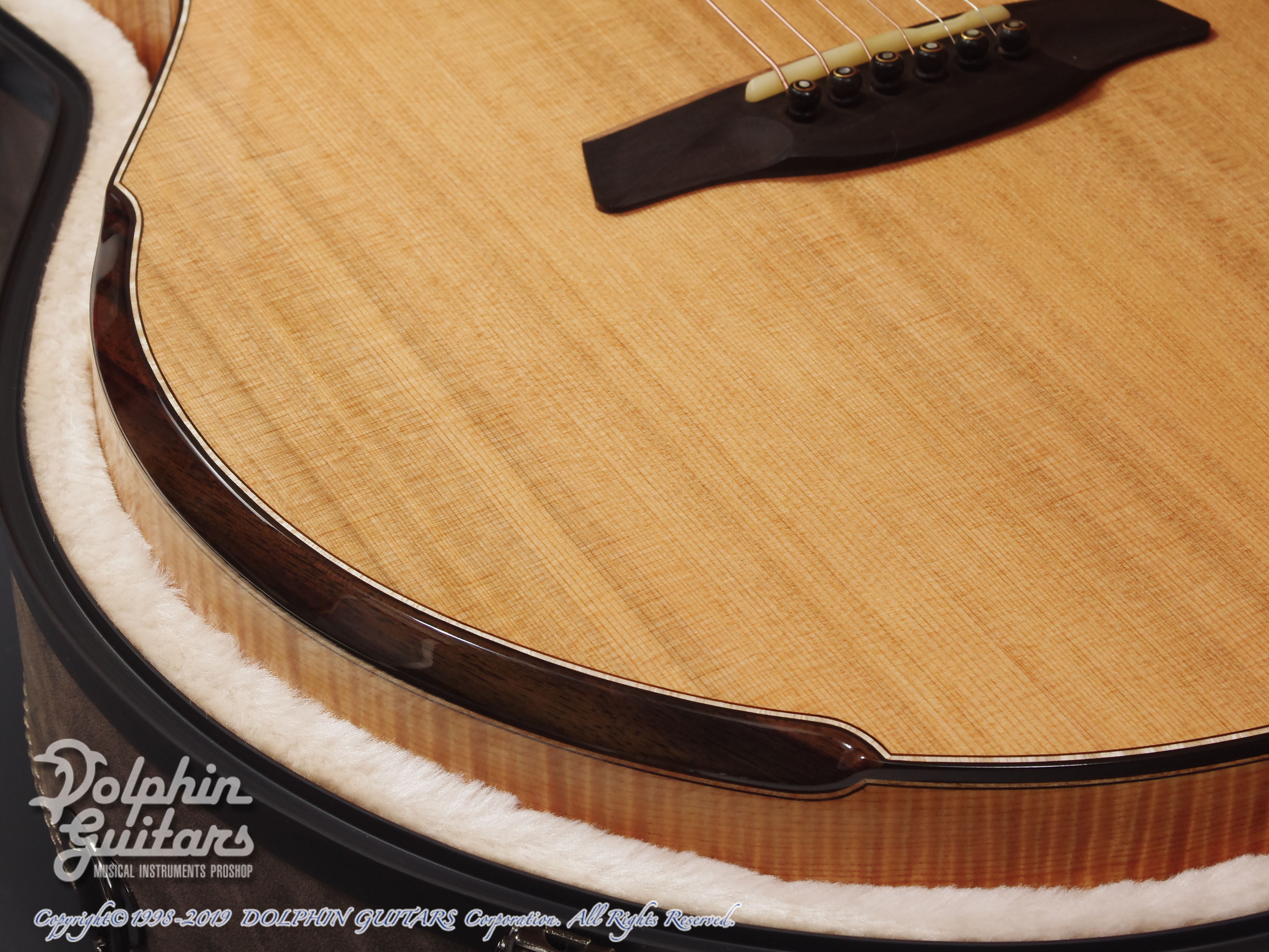 Maestro Guitars: Original Series Raffles FM CSB C (Flame Maple) (11)