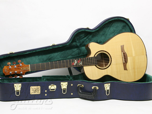 WATER ROAD GUITARS: Couchi (0)