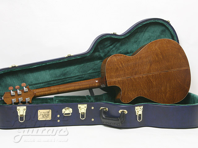 WATER ROAD GUITARS: Couchi (11)