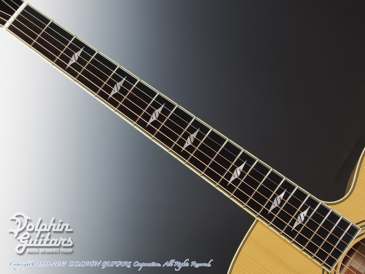 COLLINGS: SJ A Cutaway (Adirondack & Flamed Maple) (4)