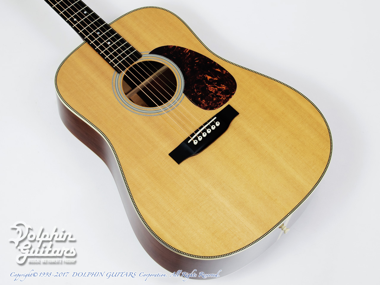 C.F.Martin: HD-28MP (Madagascar Rosewood) (1)