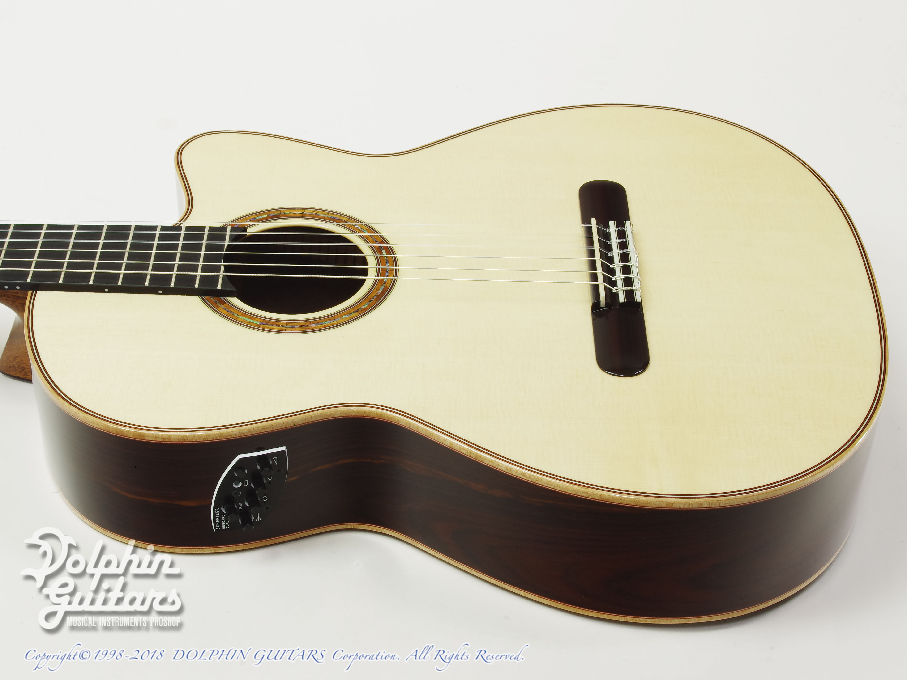 ZUCQ: Giulietta 305 ll type R LTD (Amazon Rosewood) (2)