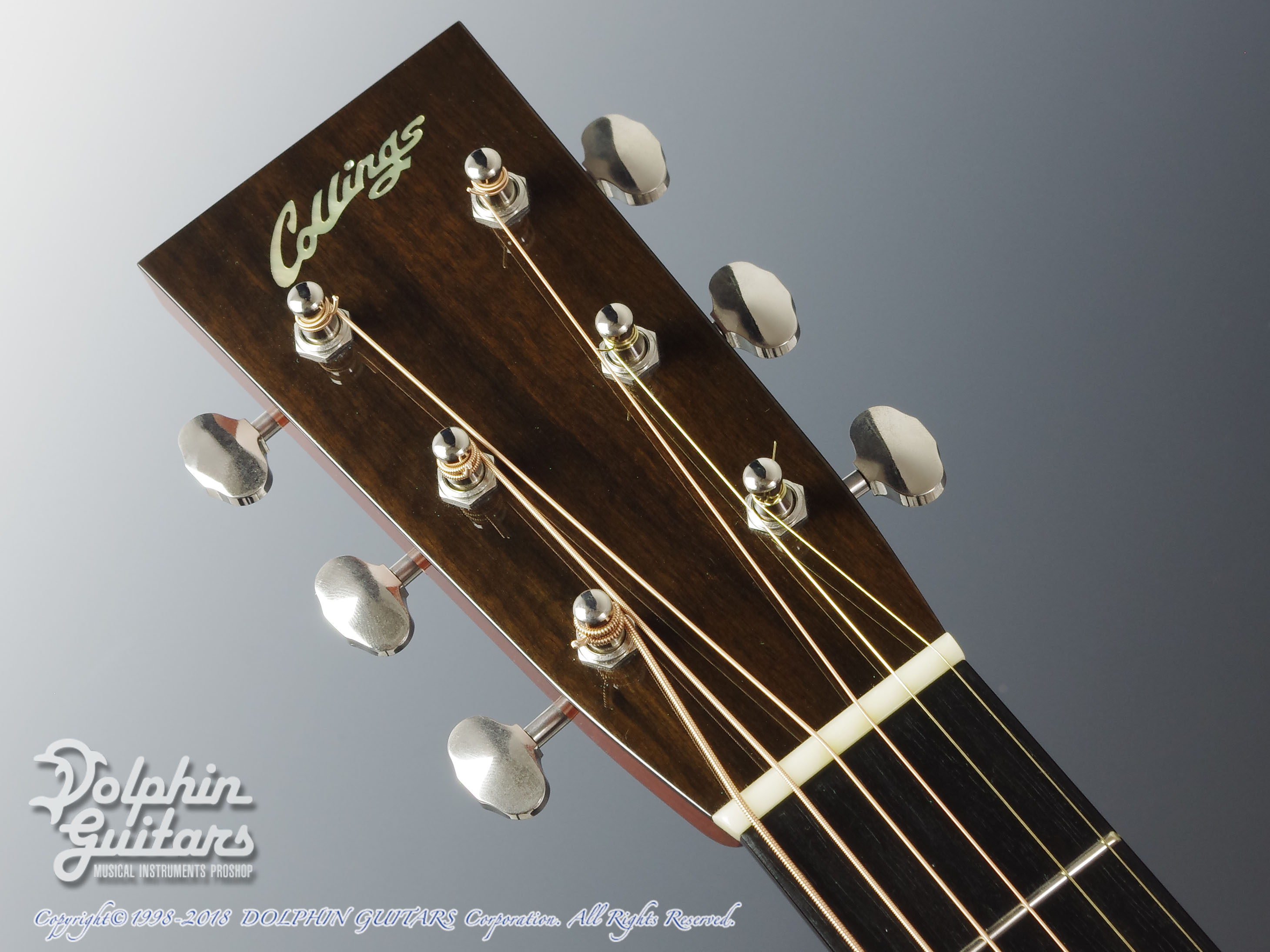 COLLINGS: 000-1A Cutaway (Varnish Finish) (6)