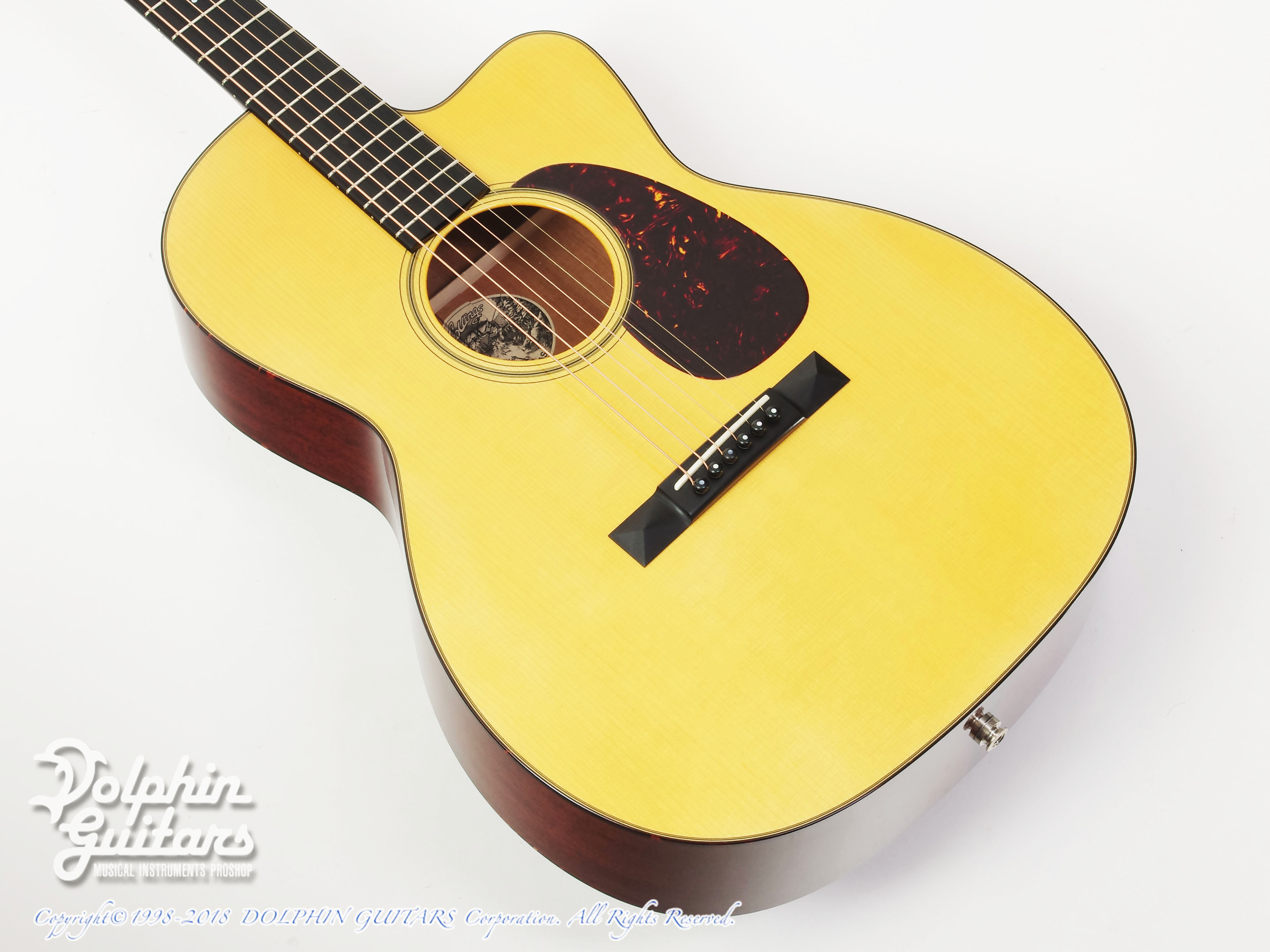 COLLINGS: 000-1A Cutaway (Varnish Finish) (1)