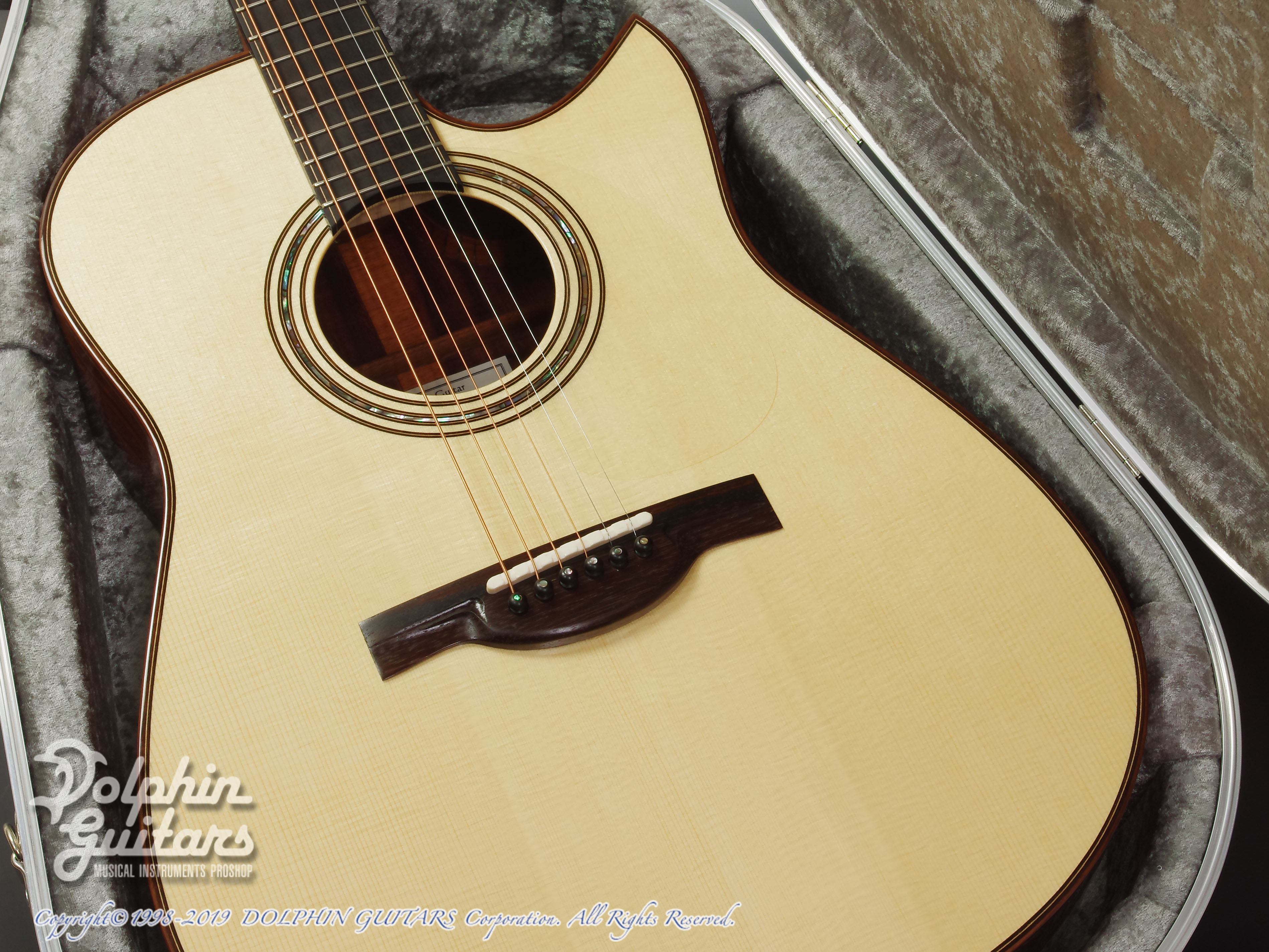 KAMEOKA: MD-51 Cutaway  (German Spruce & Granadillo) (8)