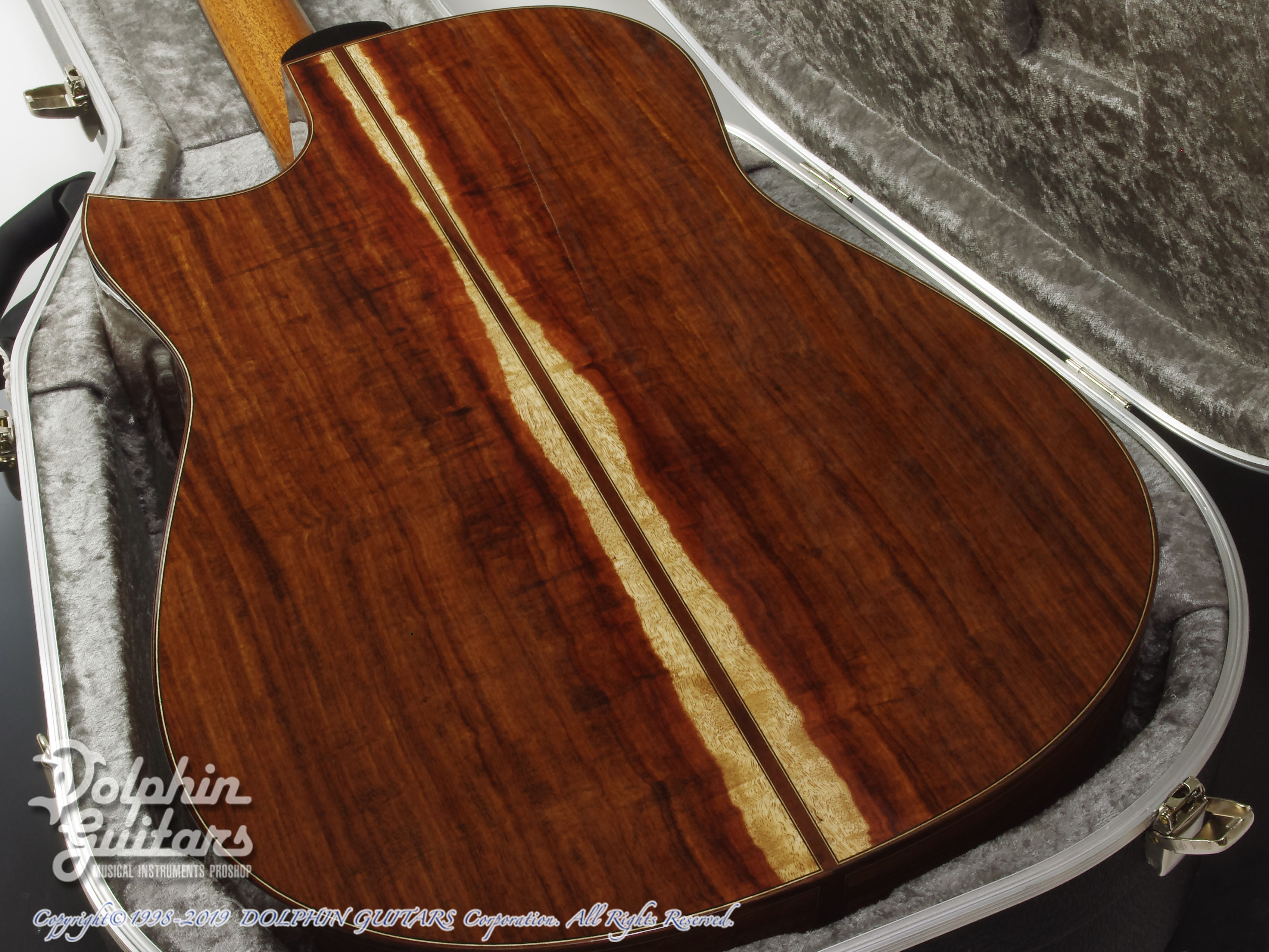 KAMEOKA: MD-51 Cutaway  (German Spruce & Granadillo) (12)