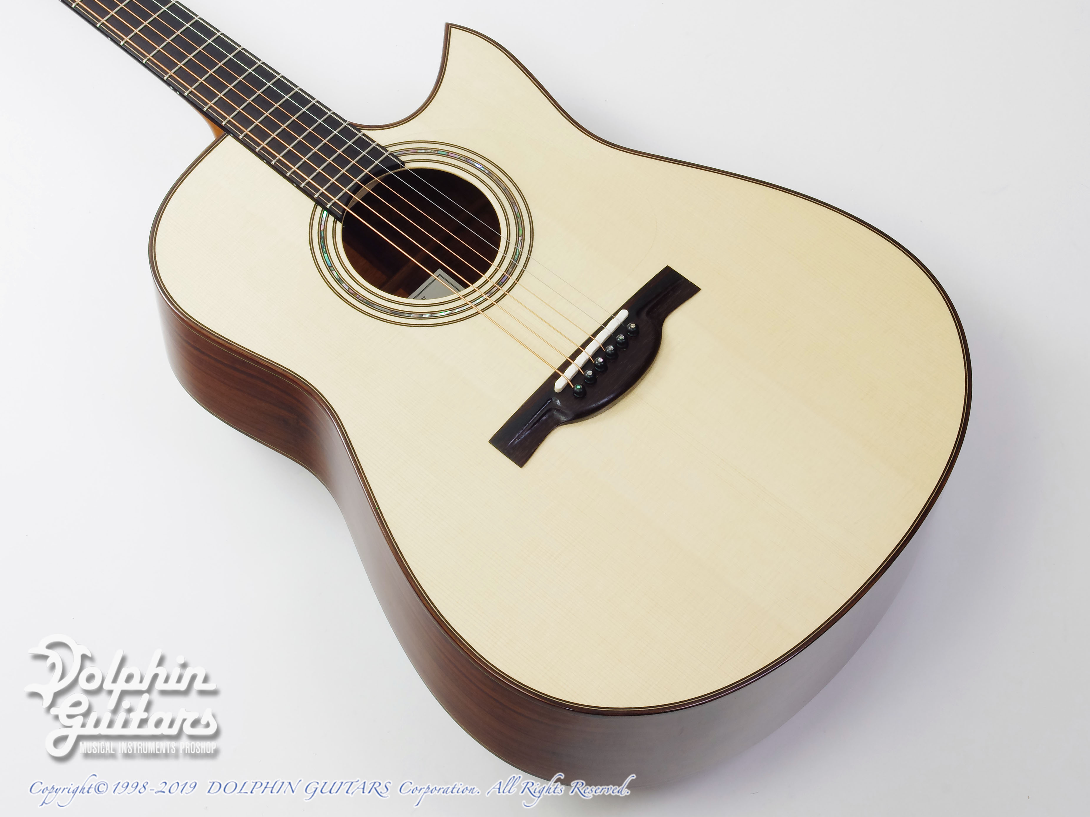 KAMEOKA: MD-51 Cutaway  (German Spruce & Granadillo) (1)