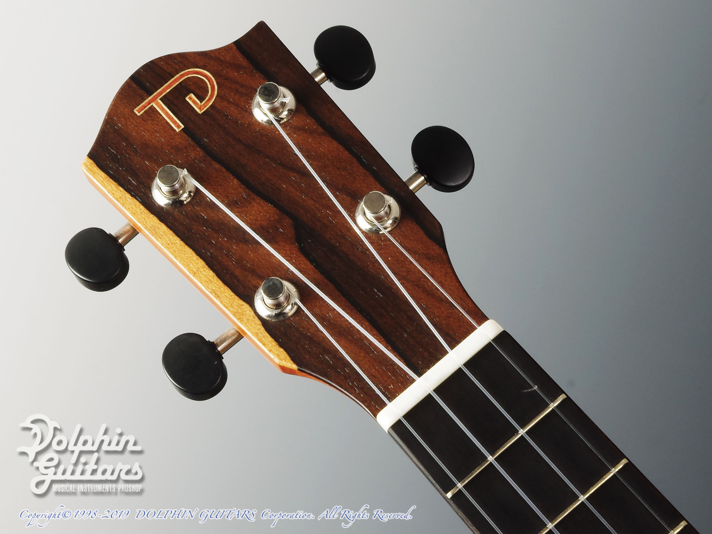 TODA GUITARS: VC (Spruce & Curly Maple) (6)