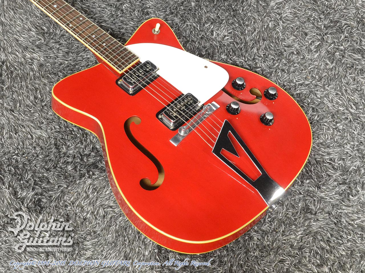 C.F.Martin: GT-75 (Red) (1)