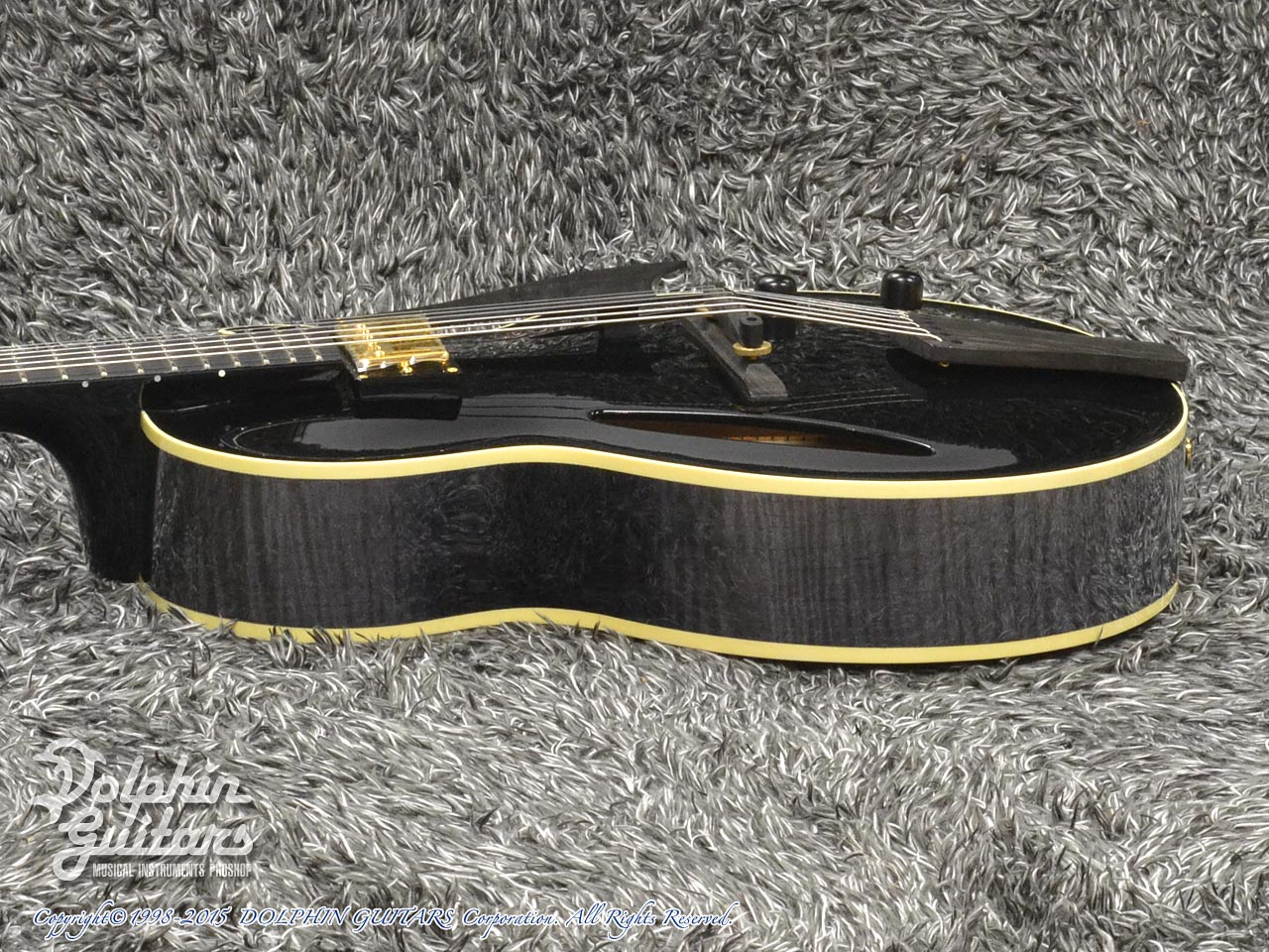 SAITO GUITARS: M35SMM (Trans Black) (2)