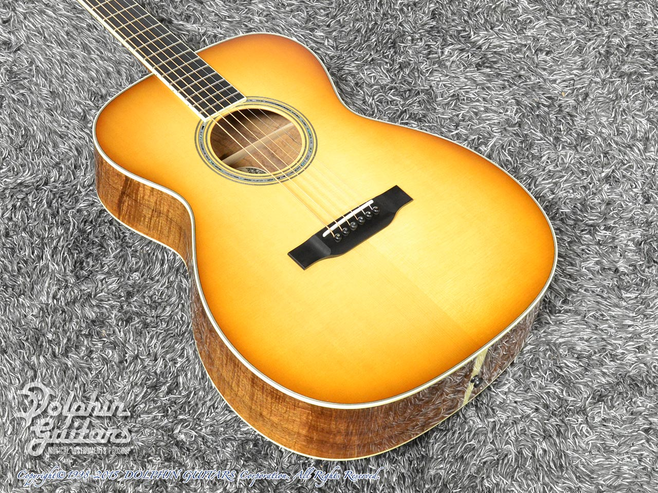 COLLINGS: OM-3 Figured Koa Custom (Western Shaded Top) (1)