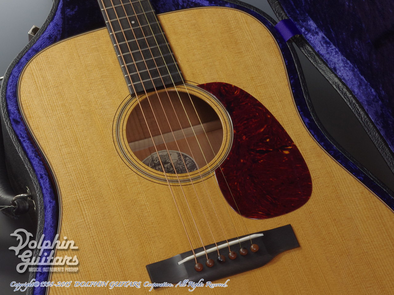 COLLINGS: D-1T (Torrefied Sitka Spruce) (8)