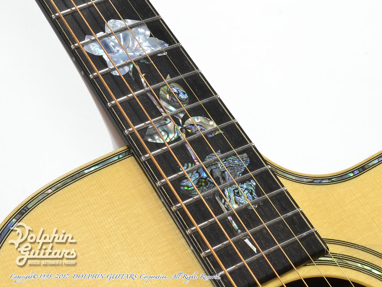 "MELVILLE GUITARS: 000 Cutaway with ""Melville"" Rose Inlay (8)"