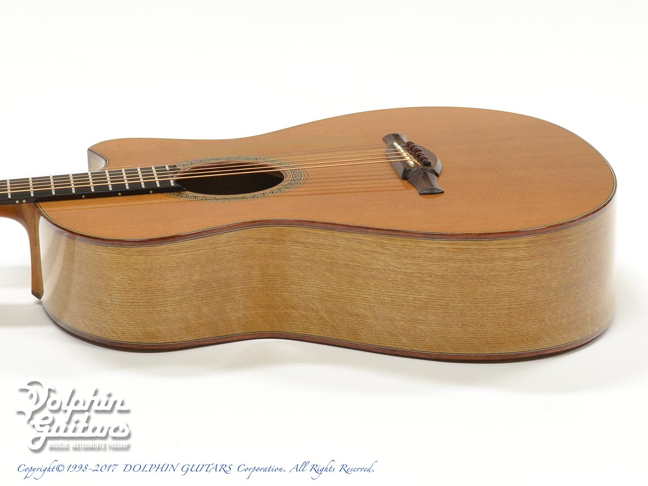 FUJII GUITARS: 00-12Fret Cutaway (Western Red Cedar & White Oak) (2)